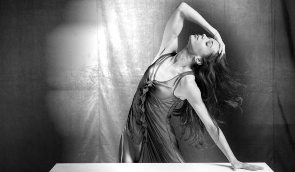 Diana-Vishneva-On-The-Edge-c-Maxime-Ruiz-600x350