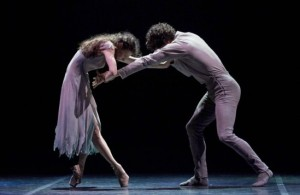 alina-cojocaru-stina-quagebeur-and-isaac-hernandez-in-akram-khans-giselle-at-manchester-opera-house-credit-laurent-liotardo-549x357