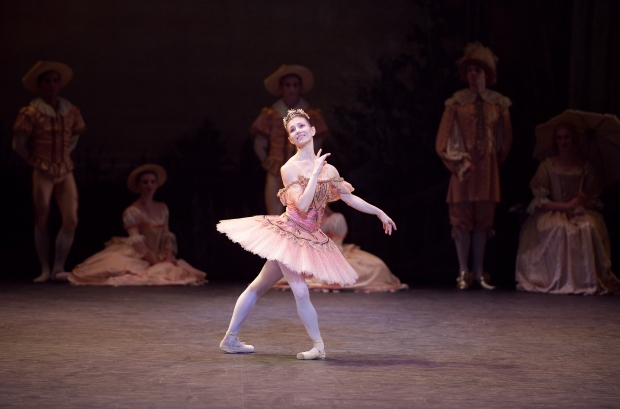 Alina-Cojocaru-as-Princess-Aurora-in-The-Sleeping-Beauty-©-Laurent-Liotardo